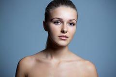 Bella donna pura con la pelle di salute Fotografie Stock