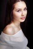 Bella donna sensuale con gli occhi belli Fotografia Stock