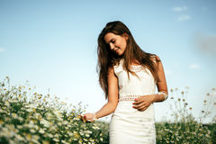 Bella donna senza allergia del polline Fotografia Stock