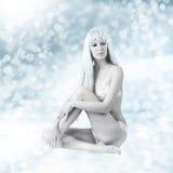 Bella donna sexy - regina della neve Immagine Stock