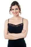 Bella donna sorridente calma in abbigliamento di usura del partito immagini stock libere da diritti