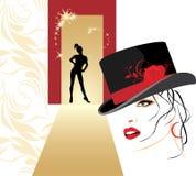 Bella donna in una siluetta della femmina e del cappello Fotografie Stock Libere da Diritti