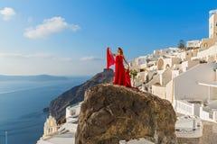 Bella donna in vestito rosso Fotografie Stock Libere da Diritti