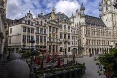 Bella e bella Bruxelles, Belgio 06 26 2016 con le sue vecchie costruzioni massicce che sono utile culturale fotografia stock