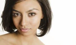 Bella fine della giovane donna su del suo fronte Fotografie Stock