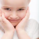 Bella fine prescolare sorridente del bambino in su fotografie stock libere da diritti