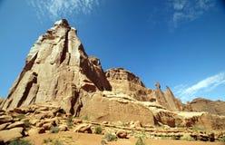 Bella formazione rocciosa e montagne Immagini Stock Libere da Diritti