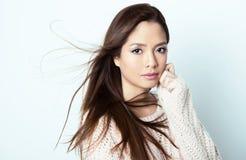 Bella giovane donna asiatica con pelle perfetta Immagini Stock Libere da Diritti