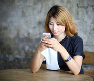 Bella giovane donna asiatica del ritratto Immagini Stock Libere da Diritti
