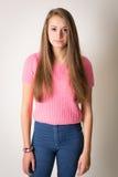 Bella giovane donna con capelli lunghi Immagine Stock