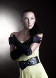 Bella giovane donna del ritratto Fotografie Stock