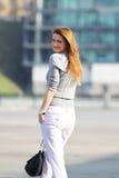 Bella giovane donna di affari Fotografia Stock