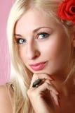 Bella giovane donna eyed blu Fotografia Stock