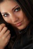 Bella giovane donna (ragazza) Fotografie Stock Libere da Diritti