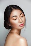 Bella giovane e donna tenera asiatica Fotografia Stock Libera da Diritti