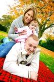 Bella giovane famiglia Fotografia Stock Libera da Diritti