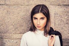 Bella giovane ragazza alla moda Fotografia Stock