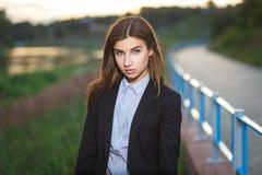 Bella giovane ragazza del brunette Fotografie Stock