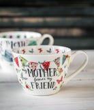 Bella grande tazza per la festa della mamma e l'8 marzo Fotografie Stock Libere da Diritti