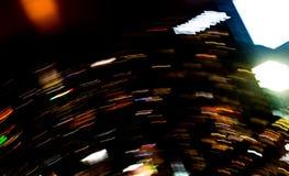 Bella illuminazione della linea futuristica abstrac di notte della costruzione del LED Immagini Stock Libere da Diritti
