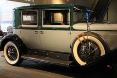 Bella immagine del blu di bambino e dell'automobile esotica verde su esposizione, museo dell'automobile di Saratoga, New York, 20 Immagine Stock
