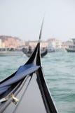 Bella Italia serie. Gondol i den Venedig kanalen Royaltyfri Bild
