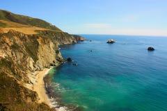 Bella linea costiera Fotografie Stock Libere da Diritti