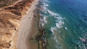 Bella linea costiera, viaggio al mare del lazur video d archivio