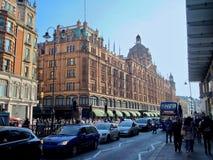 Bella Londra veduta durante il giro della città lungo il Tamigi e l'architettura famosa immagine stock libera da diritti