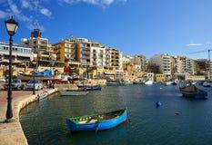 Bella mattina alla baia di Spinola, st Julian, Malta Fotografia Stock Libera da Diritti