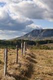 Bella montagna di autunno immagini stock