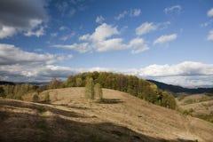 Bella montagna di autunno fotografie stock