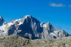 Bella montagna rocciosa delle alpi Fotografia Stock Libera da Diritti
