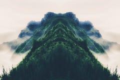 Bella montagna verde Fotografie Stock