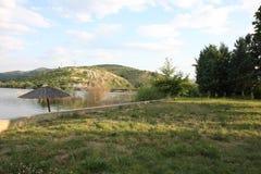 Bella natura intorno al lago artificiale Fotografia Stock