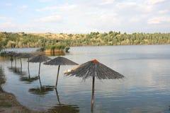 Bella natura intorno al lago artificiale Fotografie Stock