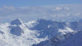 Bella neve e le sommità delle montagne nelle alpi del ther in Austria Fotografie Stock Libere da Diritti