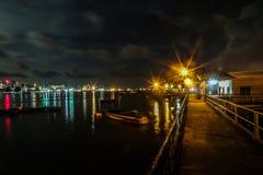 Bella notte alla città di Labuan Immagine Stock
