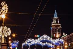 Bella notte St Petersburg, Nevsky Prospekt, hristmas del ¡ di Ð, nuovo anno Fotografia Stock