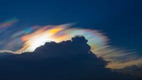 Bella nuvola iridescente, Irisation o nuvola dell'arcobaleno Fotografia Stock Libera da Diritti