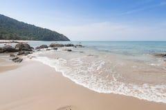 Bella onda in mare il mare delle Andamane, Tailandia Fotografia Stock Libera da Diritti