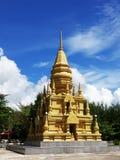 Bella pagoda dorata in tempio fotografia stock libera da diritti