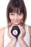 Bella palla di stagno della tenuta della ragazza immagini stock libere da diritti
