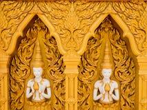 Bella parete dorata del tempio Immagini Stock Libere da Diritti