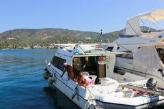 Bella pesca greca immagini stock