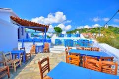 Bella piccola locanda tradizionale sopra la città di Skopelos, isola di Skopelos, Grecia Fotografia Stock Libera da Diritti