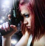 Bella pistola sexy della holding della ragazza Fotografia Stock Libera da Diritti