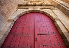 Bella porta antica della chiesa Fotografia Stock