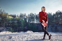 Bella raccolta di autunno di usura di donna del modello di moda Fotografia Stock