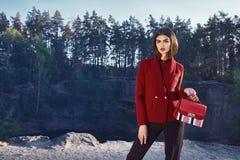 Bella raccolta di autunno di usura di donna del modello di moda Immagini Stock Libere da Diritti